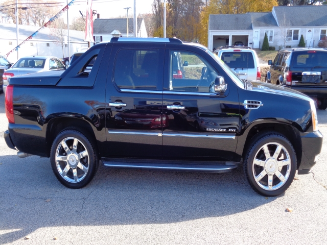ext sale alberta valley escalade used for in awd cadillac cars drayton